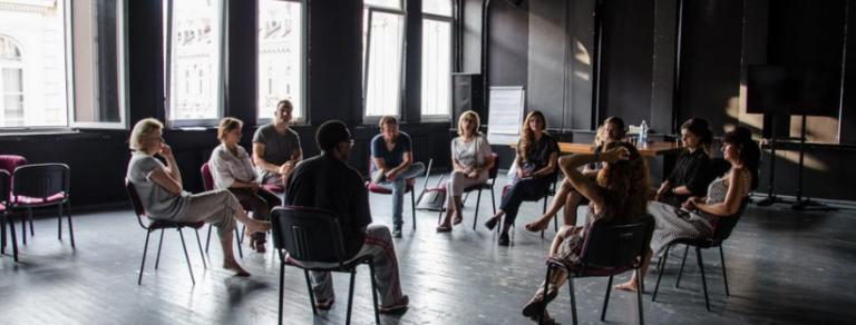 Taikomojo teatro kūrybinės dirbtuvės aktoriams, teatro edukatoriams ir socialiniams pedagogams